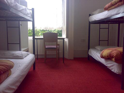 Three Tips to Find Cheap Accommodation While You Travel
